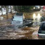 3 машины утонуло, вода в двигателях! Ремонт в лесу